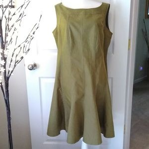 Sharagano Woman green sleeveless fit flare dress.